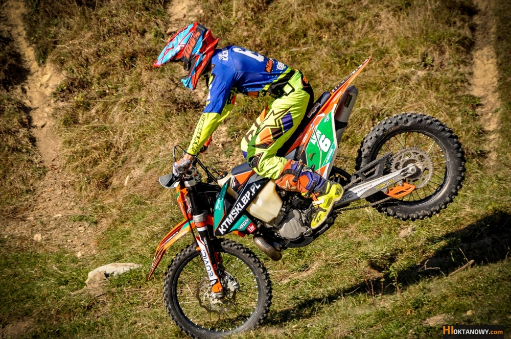 oskar-kaczmarczyk-trening-sesja-foto-ktm-250-exc-tpi-2018-team-ktmsklep.pl-foto-www-hioktanowy.com (19)
