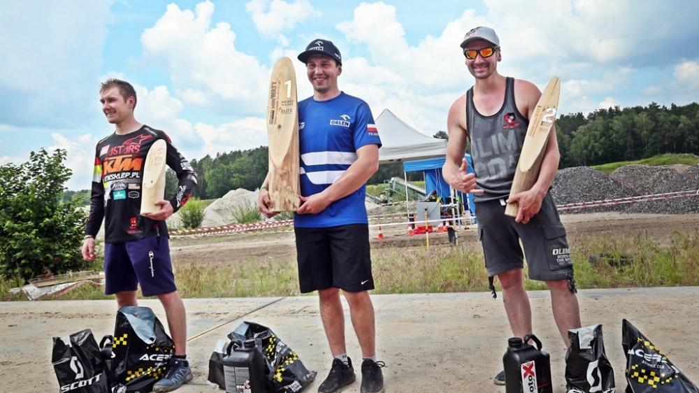 oskar-kaczmarczyk-lukasz-kurowski-team-ktmsklep-podium